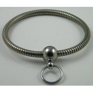 Halsband met bolsluiting en ring