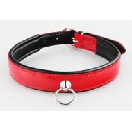 Halsband van rood lakleer